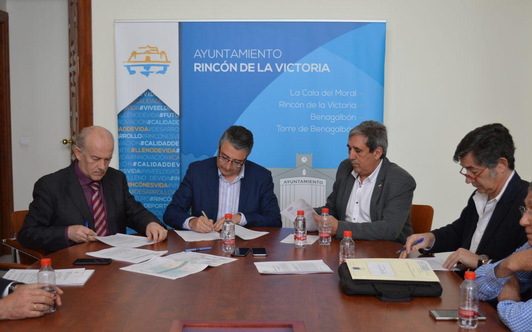 El Ayuntamiento de Rincón de la Victoria ampliará  el espacio para la protección del entorno de la Torre Vigía de El Cantal declarado Bien de Interés Cultural