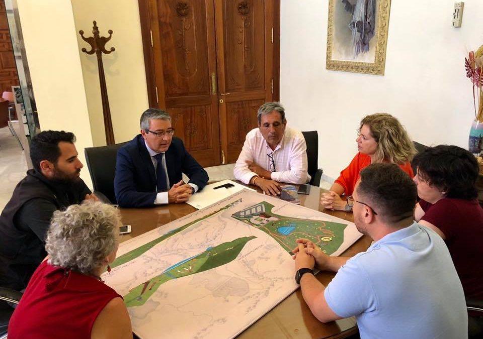 El Parque Periurbano de Torre de Benagalbón acogerá el proyecto medioambiental del Club de Montaña de Rincón de la Victoria