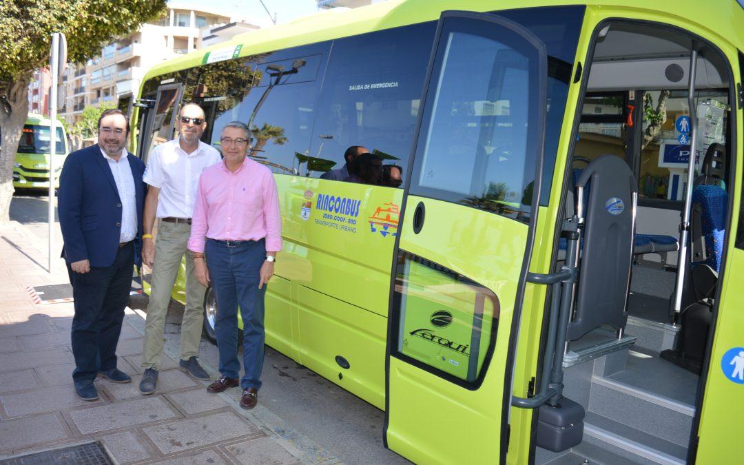 El Ayuntamiento de Rincón de la Victoria pone en marcha la nueva línea de Transporte Público con un trayecto que recorrerá las urbanizaciones de Añoreta y Parque Victoria