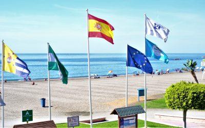 Un estudio de la UMA descarta la presencia de restos víricos del SARS-COV2 en el agua de las playas del litoral rinconero